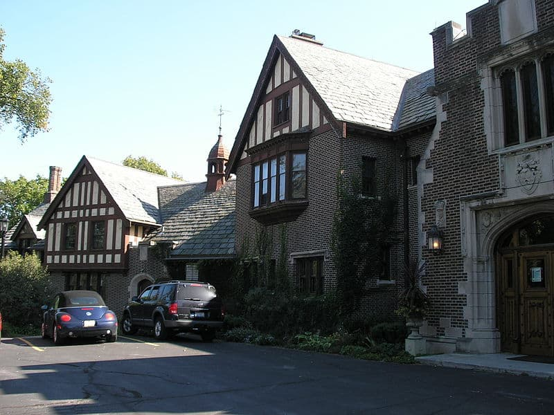 Mayslake Peabody Mansion in Oak Brook