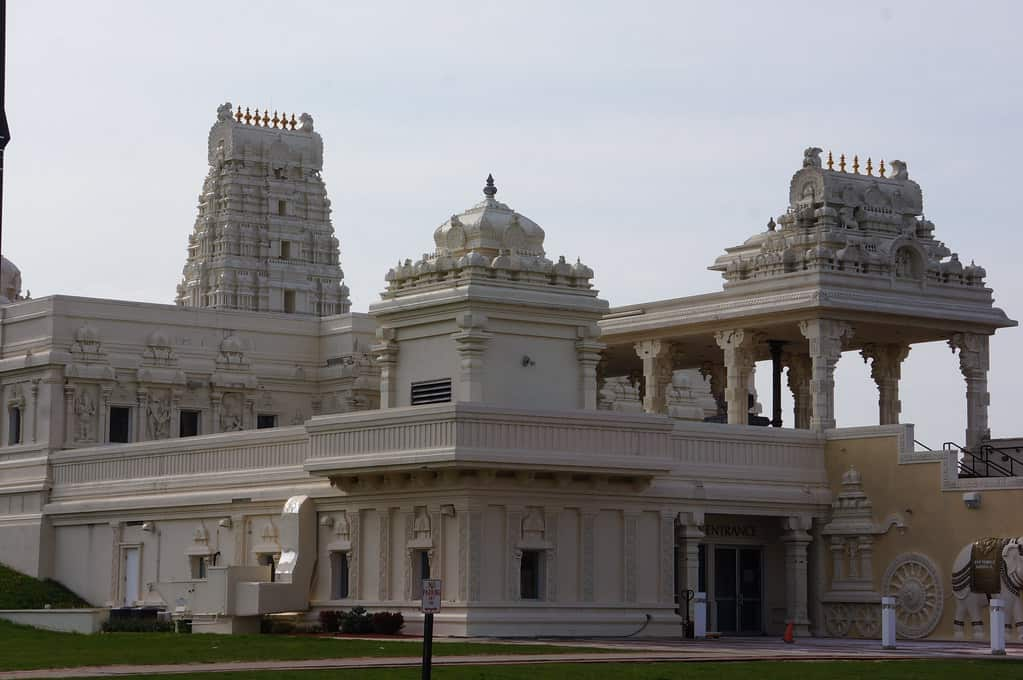 Hindu temple in North Aurora IL