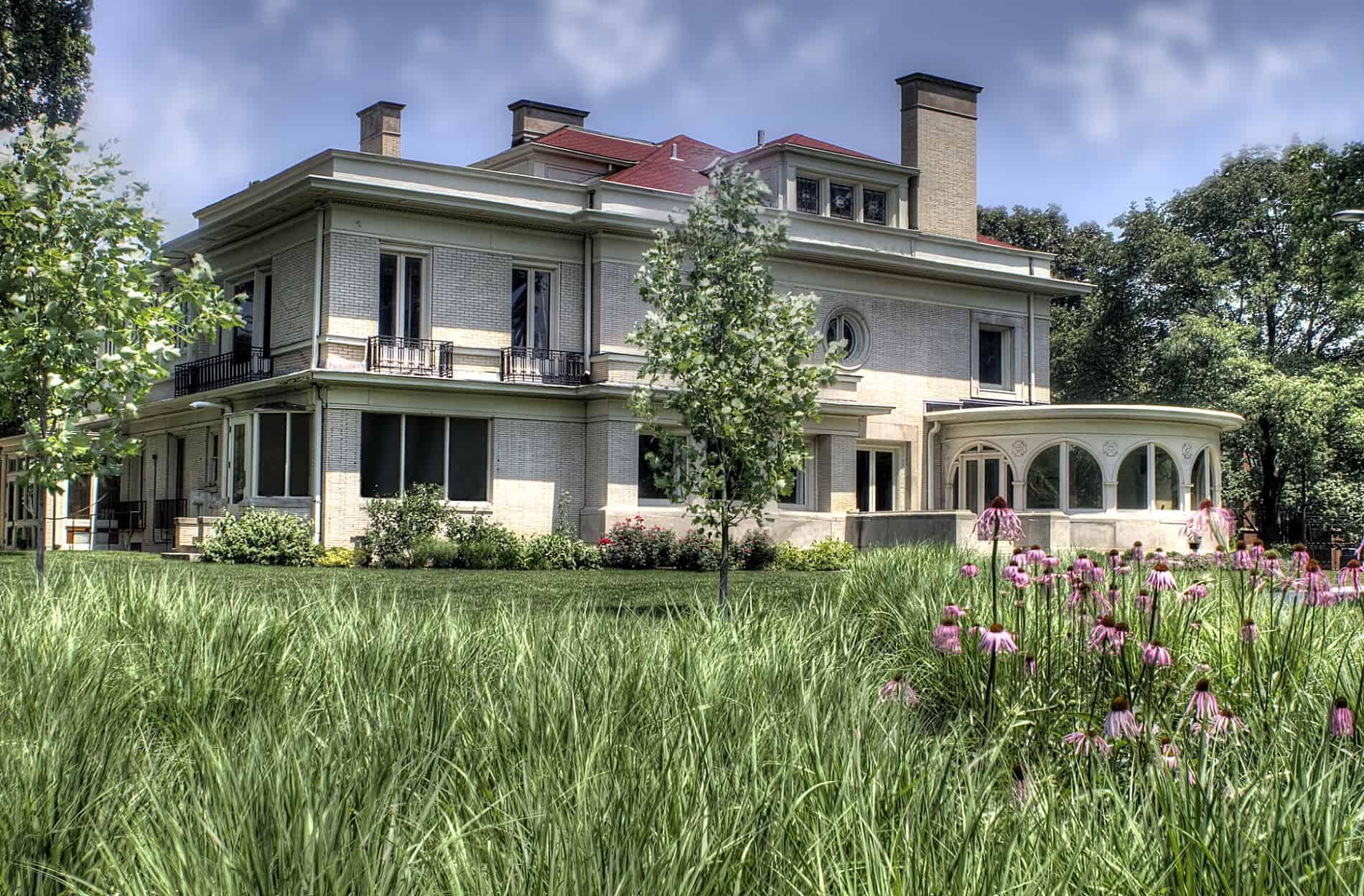 The Pleasant Home in Oak Park IL
